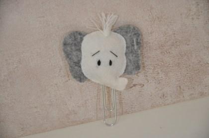Paperclip Olifant met plukje haar H2 nr 30