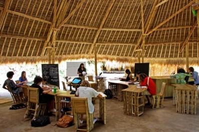 7-creches-e-escolas-super-interessantes-bamboo-green-school-1