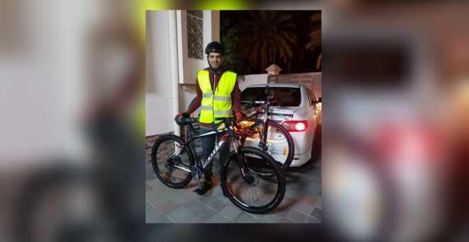 تخليدًا لذكرى ميسون الرواحية: رحلة لعُماني من نزوى إلى مكة المكرمة بدراجة هوائية