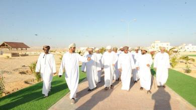Photo of رئيس بلدية ظفار يزور ٤ ولايات ويؤكد: وجود المسؤول في الحدث يذلل الصعاب