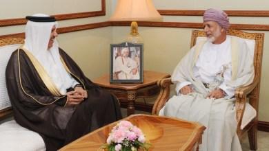 صورة أمين عام مجلس التعاون يزور السلطنة وبن علوي يستقبله