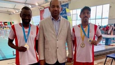 Photo of سباحان عمانيان يحصدان الميداليات في بطولة عربية