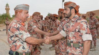 Photo of قوات السلطان المسلحة تنظم زيارات لعدد من المعسكرات والمواقع الحدودية