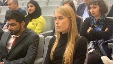 Photo of باحثون بريطانيون يتعرفون على الإعلام العماني