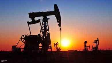 """Photo of بسبب """"كورونا"""": سعر النفط ينخفض إلى ما دون متوسط سعر الميزانية"""