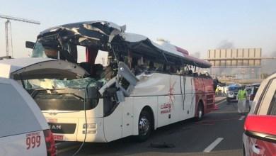 """Photo of تأكيدًا لما نشرته """"أثير"""": عيوب الطريق سبب حادث حافلة مواصلات في دبي"""