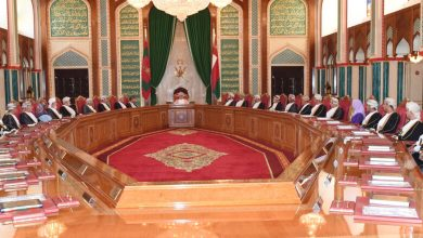 صورة تقليص عدد الوزراء في مجلس الوزراء إلى 21