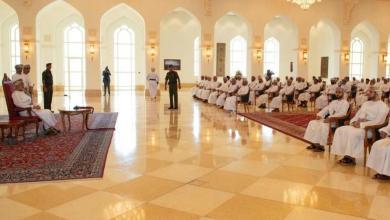 Photo of منها التوظيف وتوحيد الامتيازات: 3 من شيوخ ظفار يتحدثون عن محاور اللقاء بجلالة السلطان