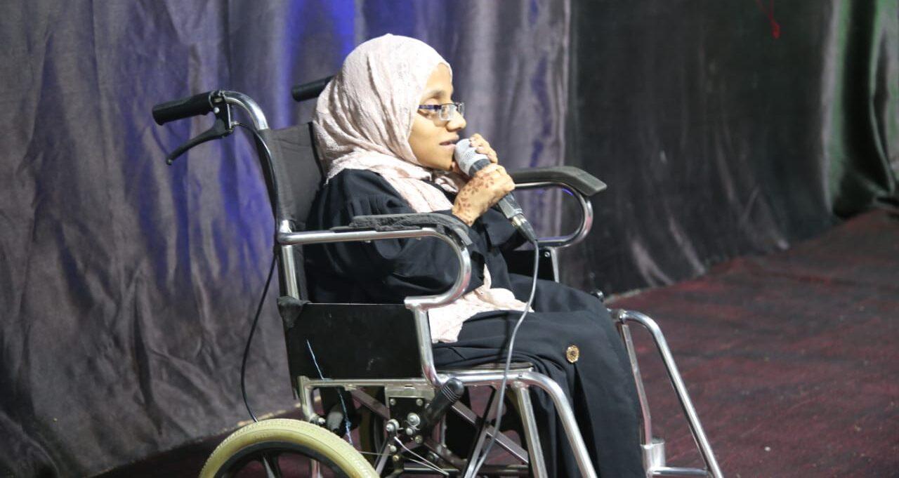 رغم إعاقتها الحركية: الخصيبية تُبدِع في مجال الإعلام