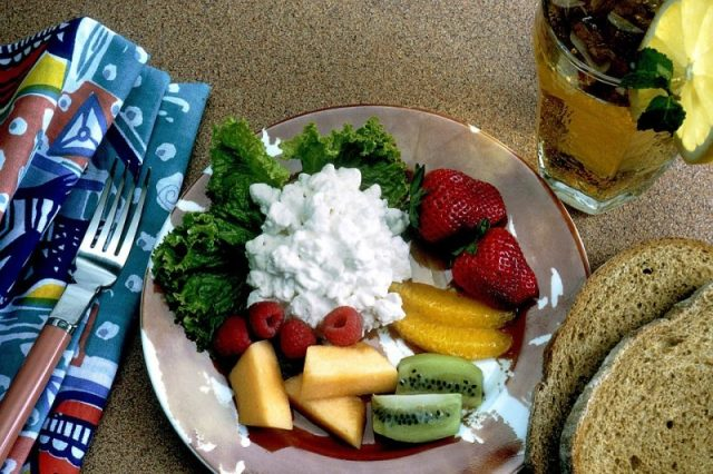 Cottage Cheese Platter Athelio Com