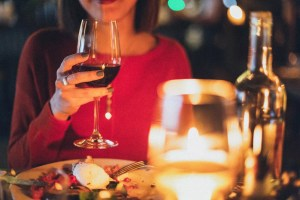 How Red Wine Can Help You In Anti Aging Athelio