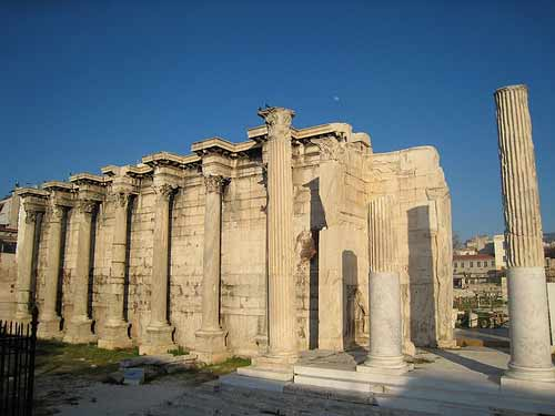 https://i2.wp.com/www.athens-greece.us/pictures-athens/ancient-library-of-hadrian-athens.jpg