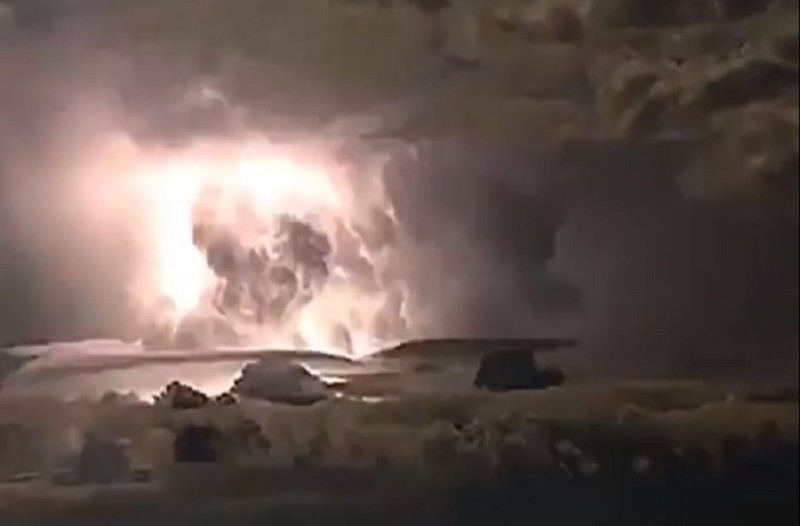 Συγκλονιστικές εικόνες από την ηλεκτρική καταιγίδα! (Video)