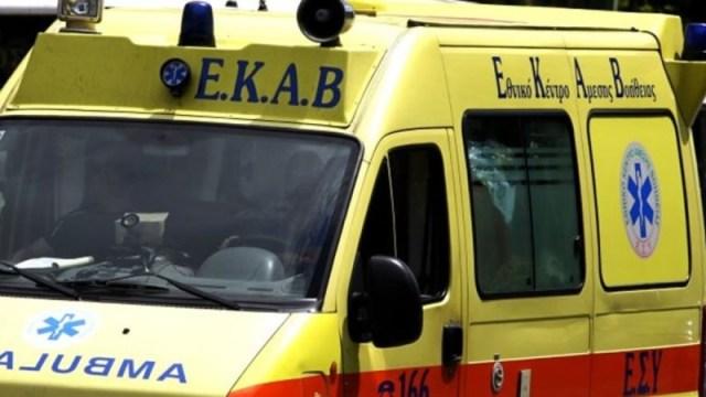 Αυτοκτόνησε ένας άνδρας στο Αίγιο όπου απειλούσε από το πρωί να πέσει από γέφυρα.