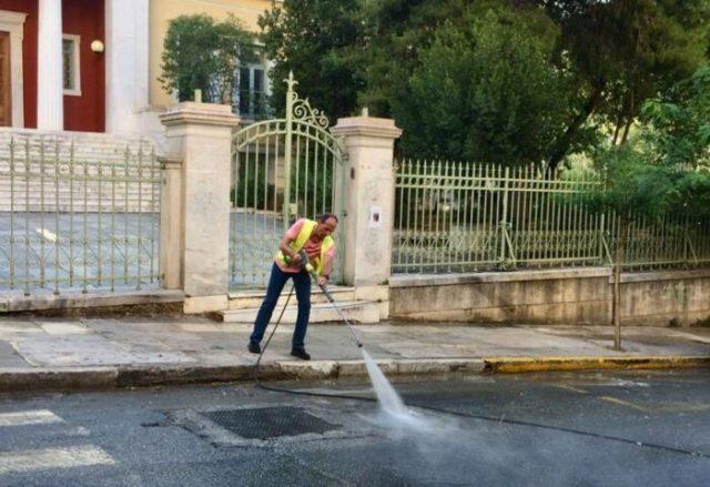 Δήμος Αθηναίων: Καθαρισμός στο Κολωνάκι