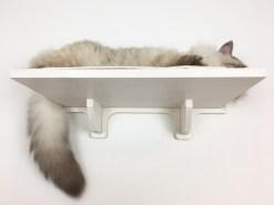 Mensola per gatti bianca con tessuto