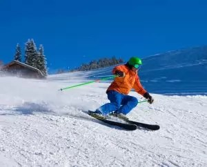 tips for preventing common ski injuries