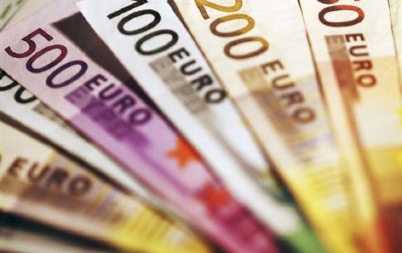 Οριακά αυξήθηκε το διαθέσιμο εισόδημα των νοικοκυριών