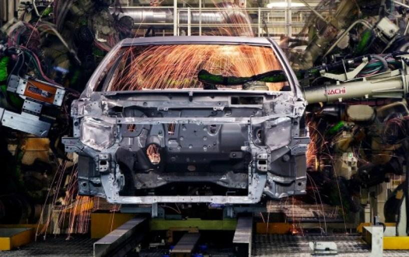 Η δύσκολη συμβίωση ρομπότ-εργαζομένων στην αυτοκινητοβιομηχανία