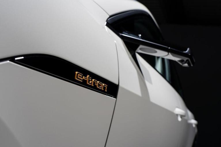 Με ηλεκτροκίνητο compact SUV στη Γενεύη η Audi