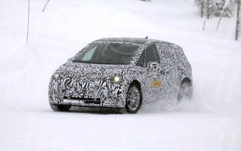 VW ID Neo 2020: Η «αυτοκρατορία» αντεπιτίθεται ηλεκτρικά