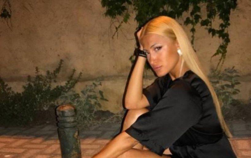 Σέξι φωτογραφία της Τούνη από την Κρήτη