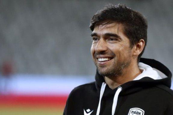 Ο Φερέιρα εισηγήθηκε την απόκτηση τριών ακόμα ποδοσφαιριστών