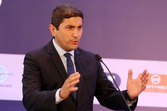 Αυγενάκης: «Σημαντική η ψήφος εμπιστοσύνης του Χούμπελ»