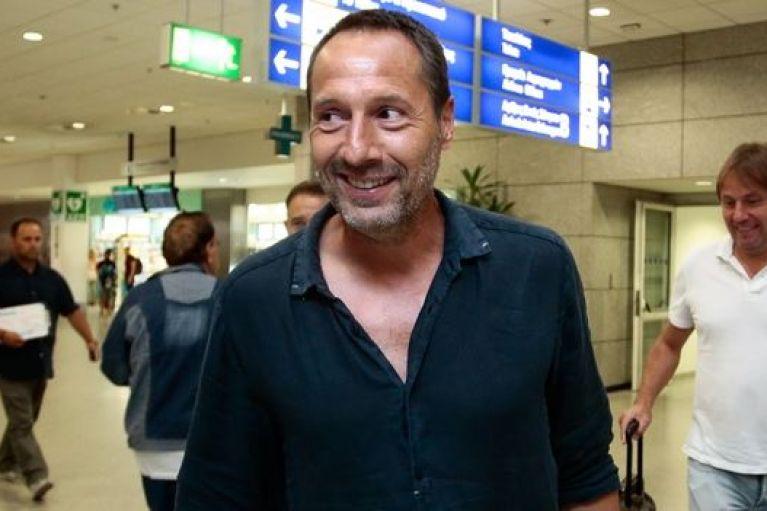 Έφυγε για Ολλανδία, αλλά ξανά έρχεται την Τρίτη ο Φαν Σιπ