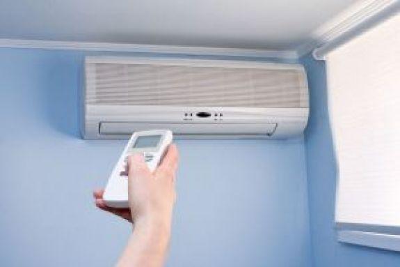 Μεγαλύτερος ο κίνδυνος όταν το κλιματιστικό δουλεύει στο ζεστό