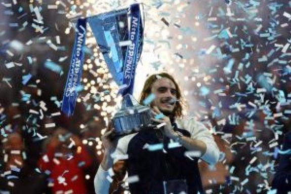 Στέφανος Τσιτσιπάς: Πόσα χρήματα έχει κερδίσει συνολικά από το τένις