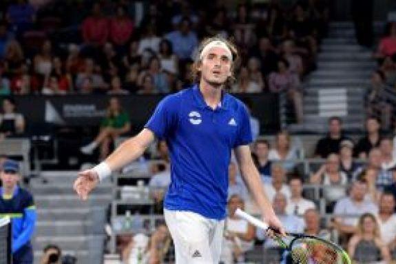 Australian Open: Με Ράονιτς στους «32» ο Τσιτσιπάς