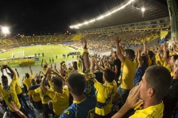 Η Λας Πάλμας ετοιμάζεται για αγώνες με κόσμο