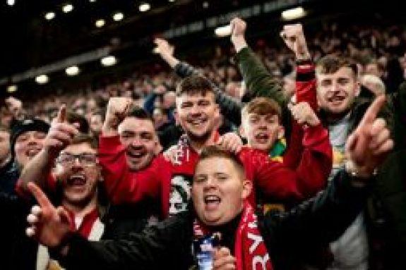 Premier League: Ζητάει την επιστροφή του κόσμου στα γήπεδα