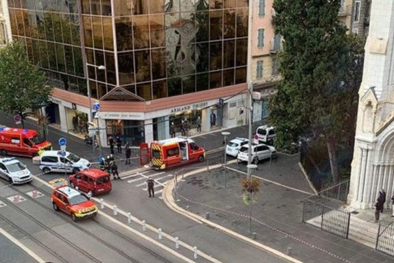 Γαλλία: Ένας νεκρός σε επίθεση με μαχαίρι σε εκκλησία στη Νίκαια