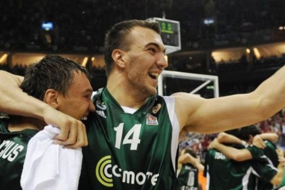 Νίκησε ο Πέκοβιτς στη «μάχη» με τον κορωνοϊό!