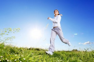 From the obvious to things you might not have thought about, exercise can not only help you live longer, but live better! Change your running technique to reduce knee pain.