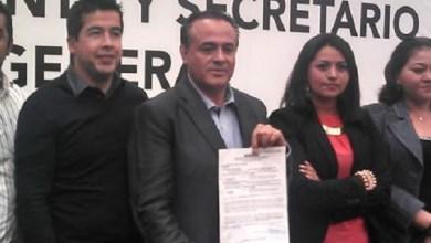 Ante consejeros, alcaldes y diputados que lo acompañaron, Sigala Páez se pronunció por un partido unido para reconquistar la gubernatura de Michoacán