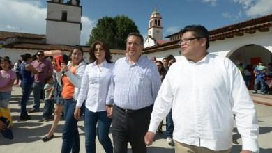 Atendiendo a la invitación del licenciado Nicolás Zalapa Vargas, presidente municipal de Paracho, Lázaro Medina participó de este tradicional Festival que reúne a cerca de 13 mil visitantes