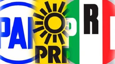 El presidente EPN se ve muy mal concediendo una entrevista a los loquillos del programa HOY, que conducen Andrea Legarreta y Raúl Araiza. De por sí tiene fama de ignorante