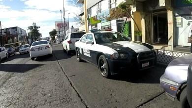 El denunciante se inconforma con tal situación en virtud de que las normas de tránsito parecen no aplicar para los patrulleros, a quienes constantemente se les ve cometiendo infracciones a las reglas de tránsito