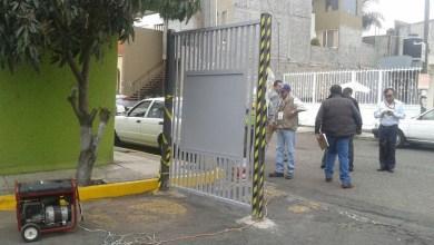 Jesús Ávalos Plata, Secretario del Ayuntamiento, detalló que las estructuras removidas fueron colocadas por algunos vecinos, como una medida de seguridad para regular el acceso de personas