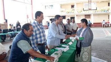 """Los habitantes de Janitzio, Tecuena y Pacanda, solicitaron al presidente que en los siguientes días lleve el programa """"Ordenemos Juntos"""""""