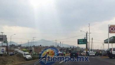 Al lugar han arribado elementos de la Coordinación de Protección Civil y Bomberos Municipales de Morelia (FOTO: ABEL IBIZA)