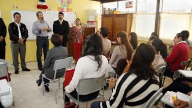 Medardo Serna agradeció a los profesores que están haciendo el esfuerzo por dar continuidad a los programas de estudios en sedes alternas, lo cual habla de su capacidad y compromiso con la Casa de Estudios