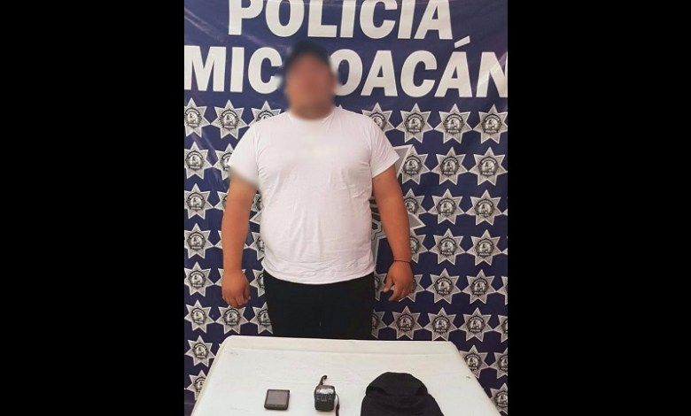 El presunto implicado y aparatos de comunicación fueron puestos a disposición de la autoridad competente