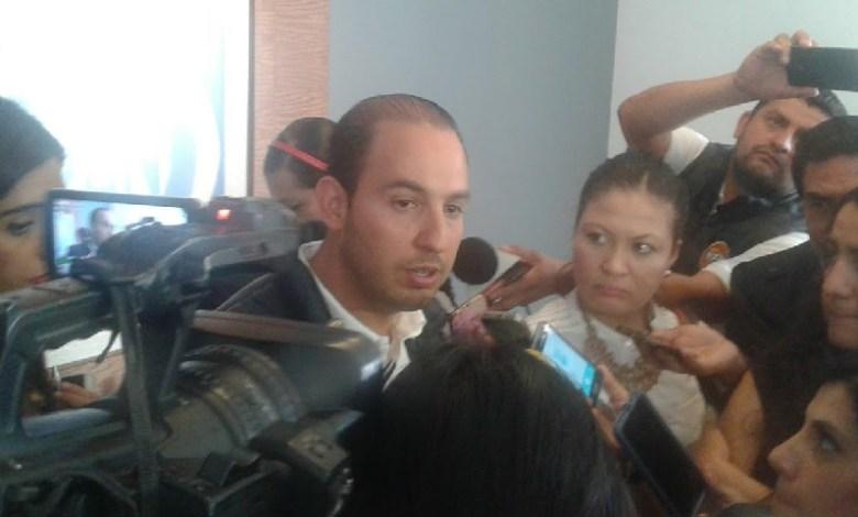 Cortés Mendoza aseguró que ha gestionado recursos federales para municipios emanados de todos los partidos por igual; en cuanto al Paquete Económico 2018, se pronunció por revertir la nociva reforma fiscal del gobierno federal priísta