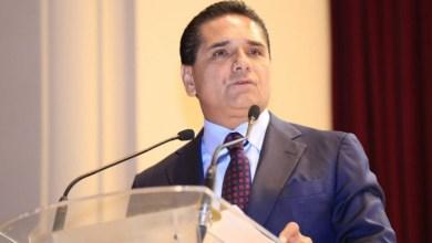 La administración estatal se suma a las medidas del gobierno federal para defender los derechos de estos jóvenes y, de ser el caso, darles la bienvenida a México a aquellos que decidan volver voluntaria o involuntariamente, puntualiza Aureoles Conejo