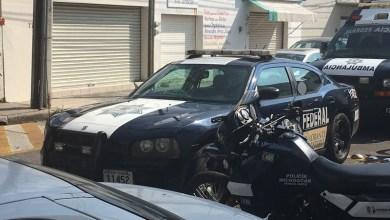 La persecución inició entre las casetas de Taretan y San Casilda, en un determinado momento los desconocidos que viajaban en el automóvil abrieron fuego contra los oficiales, quienes repelieron la agresión
