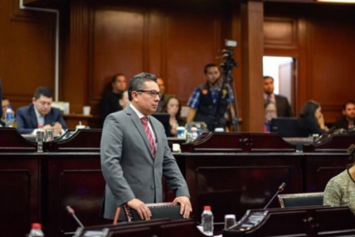 Esto ante la sorpresiva negativa de PRI y PRD de aprobar un exhorto al Senado de la República para impedir el avance de la controvertida Ley de Seguridad Interior
